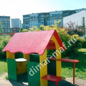 Игровой домик с лавочками